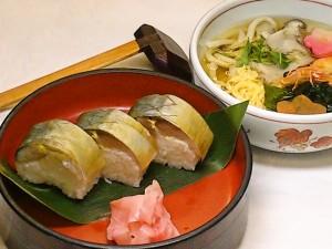 鯖寿司とにゅう麺 ¥1410