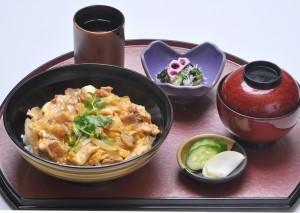 名物 大和肉鶏の親子丼 ¥1410